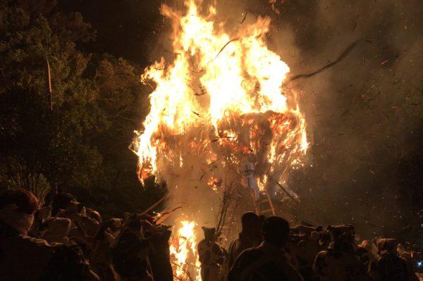 鳥羽の火祭り,点火